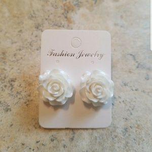 Jewelry - White rose earrings